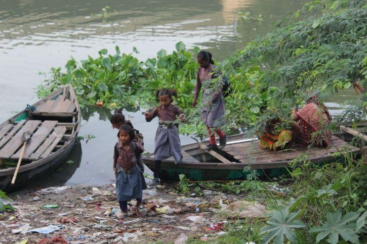 Children, Yamuna river, boat ride, Shani mandir, Chilla village, gyan shakti vidyalaya