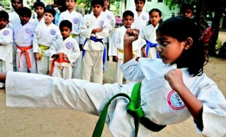 compulsory self-defence for children in schools, make self-defence classes compulsory