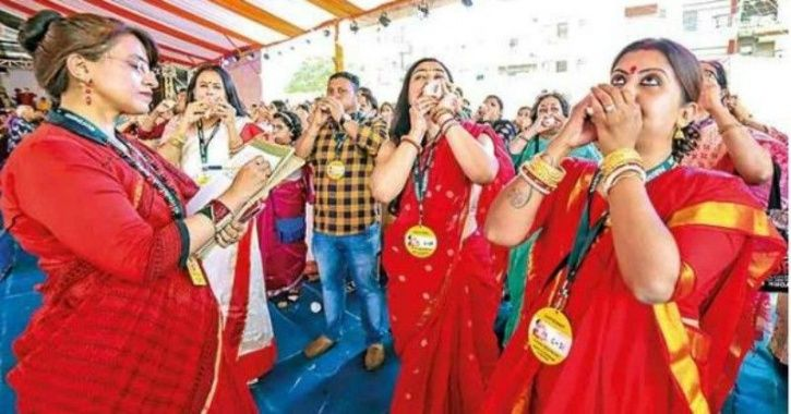Durga Puja Pandal Creates Guinness World Record, 4-Year-Old Raped In Madhya Pradesh+Top news
