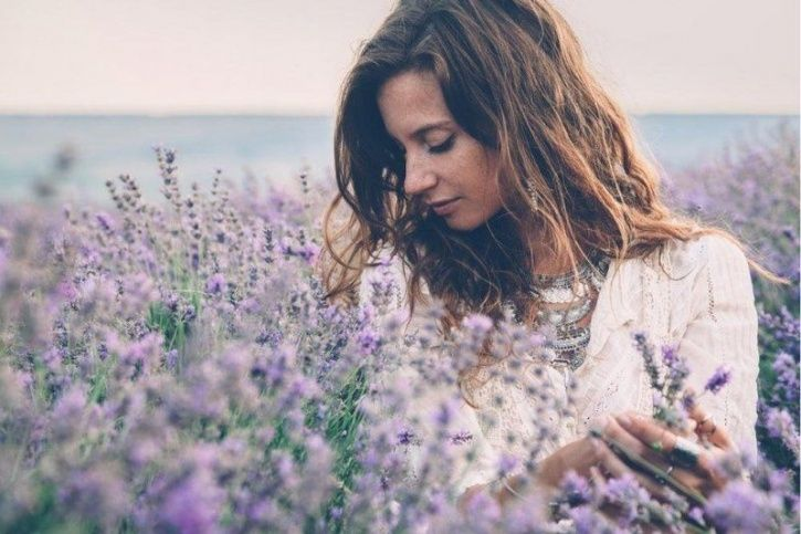 Find It Hard To Control Your Anxiety? The Smell Of Lavender Can Help You Relax And Treat It