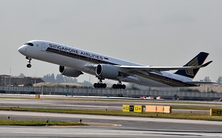 first new york to singapore nonstop flight piloted by indian origin captains