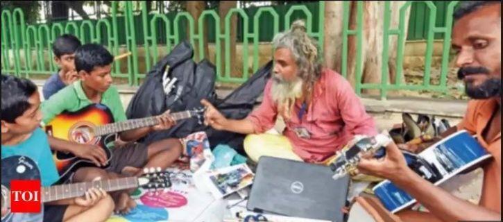 guitar, civil engineer, S.V Rao, Andhra Pradesh, New delhi, Vijay Chowk, India Gate