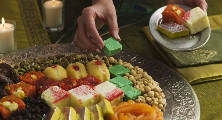 Here's How You Can Enjoy Binge-Eating This Festive Season Without Feeling The Guilt