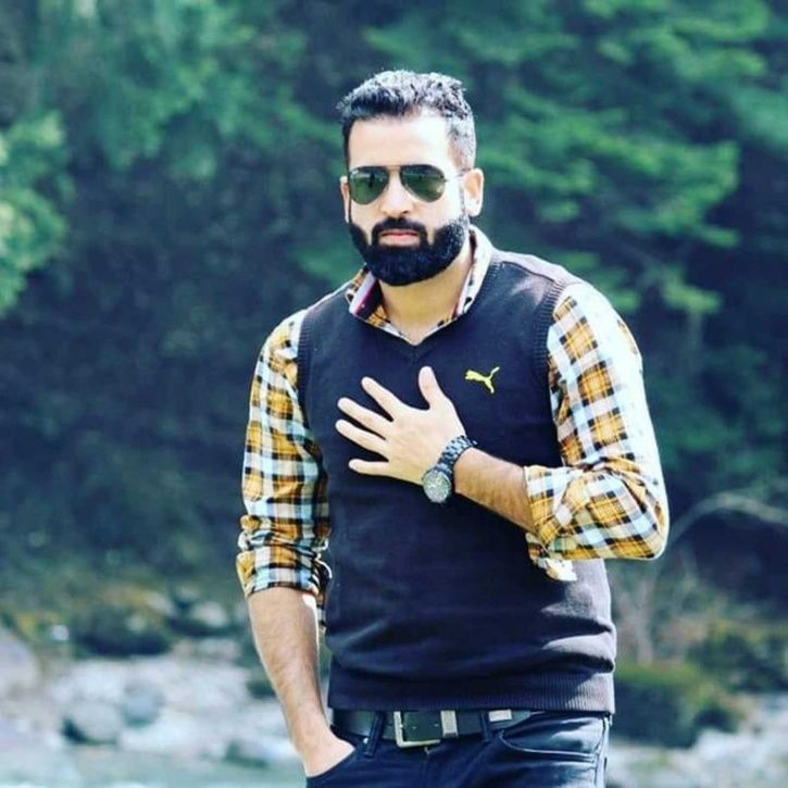 Jammu and Kashmir, Imitiyaz Ahmed Mir, sub-inspector, Pulwama, parents, terrorists, killed