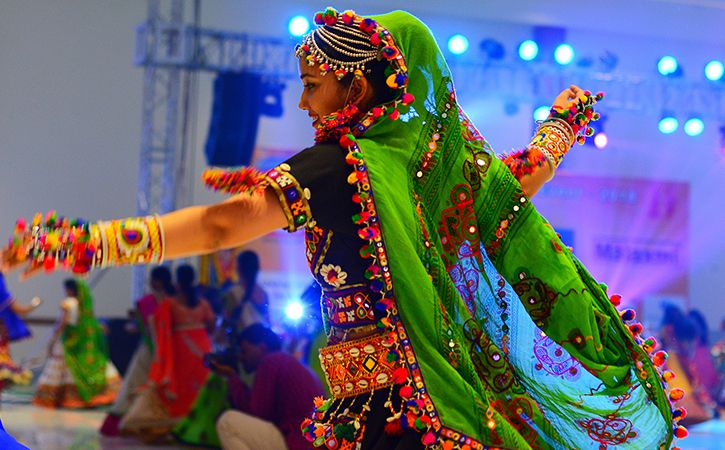 man stares at ex wife in garba