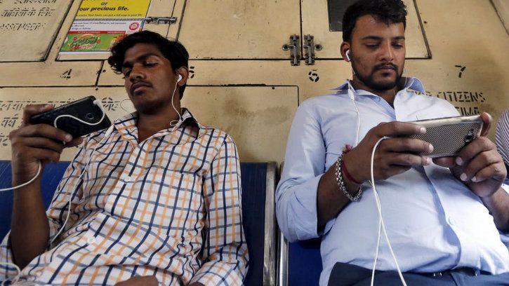 netflix offline download for commute watching