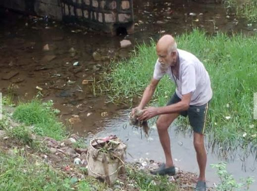 Potholes, Bundelkhand, Uttar Pradesh, Mumbai, Dadarao, Rupnarayan Niranjan