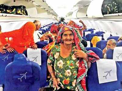 Punjab pilot, Punjab pilot flies elderly from village to Amritsar, Punjab pilot flies villagers