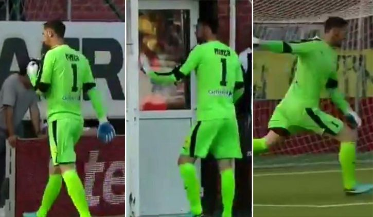 This goalkeeper tried to waste time in a football match