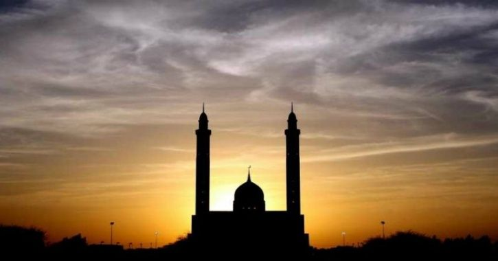 This Mosque In Hyderabad Has Opened Its Doors To People Of Every Faith For Harmony & Peace