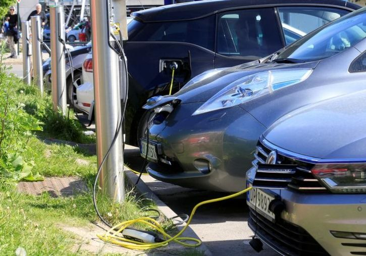Transport Ministry Discards Commercial Permit Requirement For Electric And Ethanol Run Vehicles