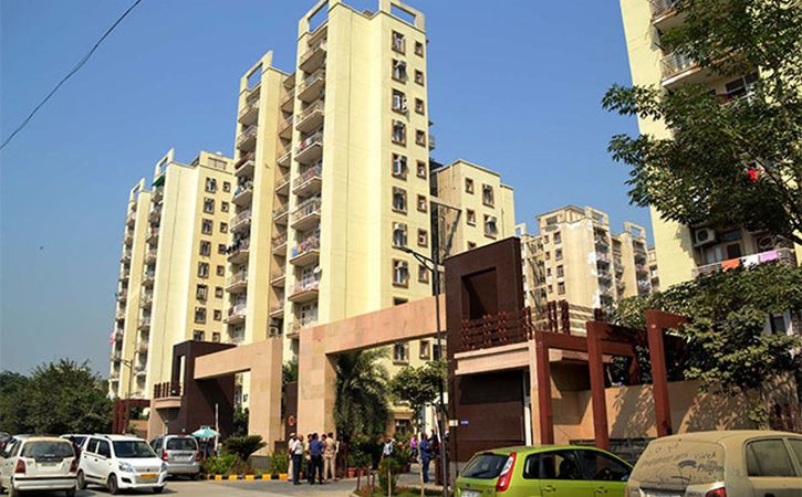 Woman Saves Many From Gurugram Highrise Fire