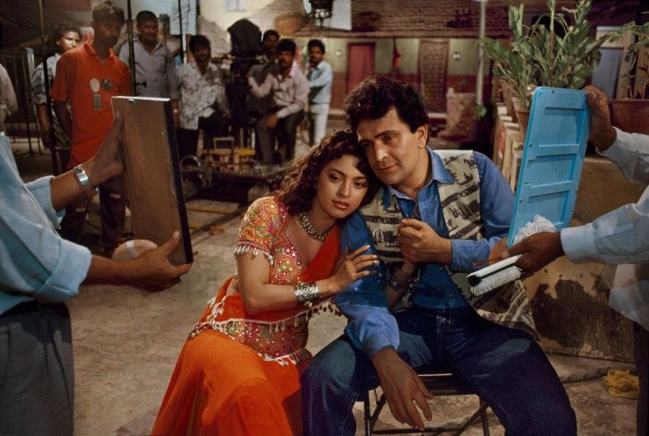 22 Years After 'Daraar', Rishi Kapoor & Juhi Chawla To Reunite For A Family Comedy Drama Movie