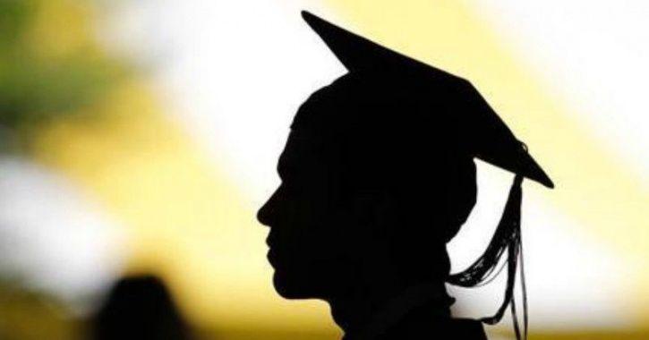 graduation CM