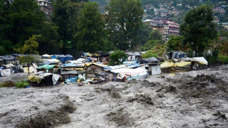 Heavy Rains & Snowfall Lash Himachal Resulting In Flash Floods; Air Force Rescues Stranded People