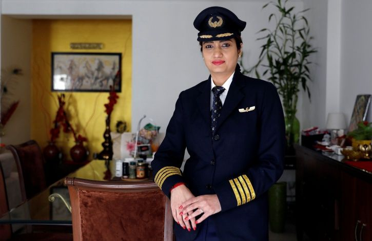 India, commercial pilots, female, China, IndiGo, SpiceJet, aviation industry