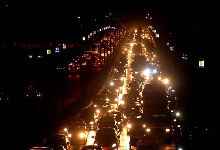 Mumbai, Vashi bridge, suicide, Syed Nassar Hussain, Mandala