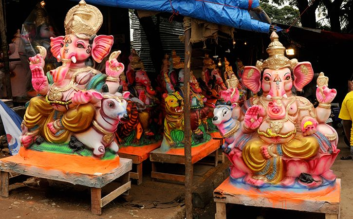 Paper Ganesha Idols Gain Popularity In The City