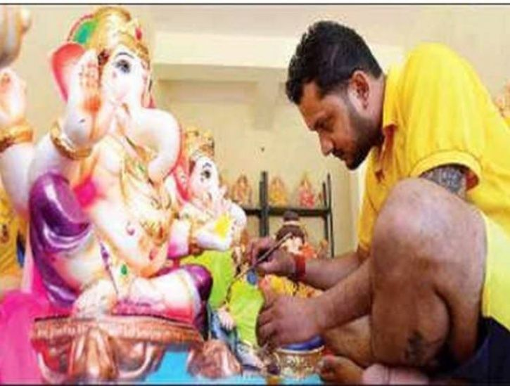 With No Government Job & Money, 30-Year-Old Goan Cricketer Turns Idol-Maker For A Living