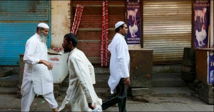 Armed With Hockey Sticks, Batons, Right-Wing Members Force Closure Of Meat Shops In Gurugram