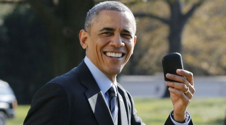 Barack Obama with his Blackberry and BBM