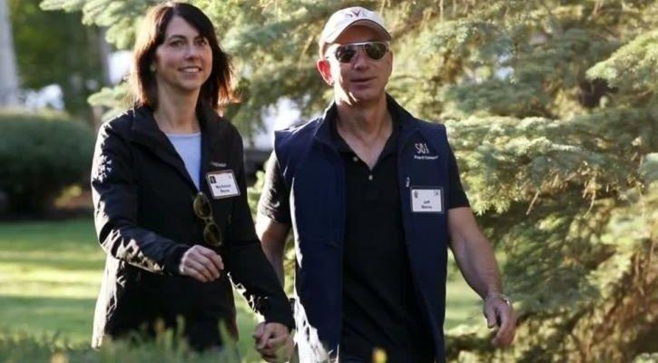 Jeff MacKenzie Bezos