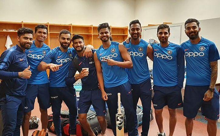 Virat Kohli Posts An Image With The Squad