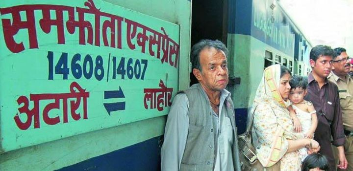 As Border Skirmish Continues, Samjhauta Express & 70 Goods-Laden Trucks Cross Frontier