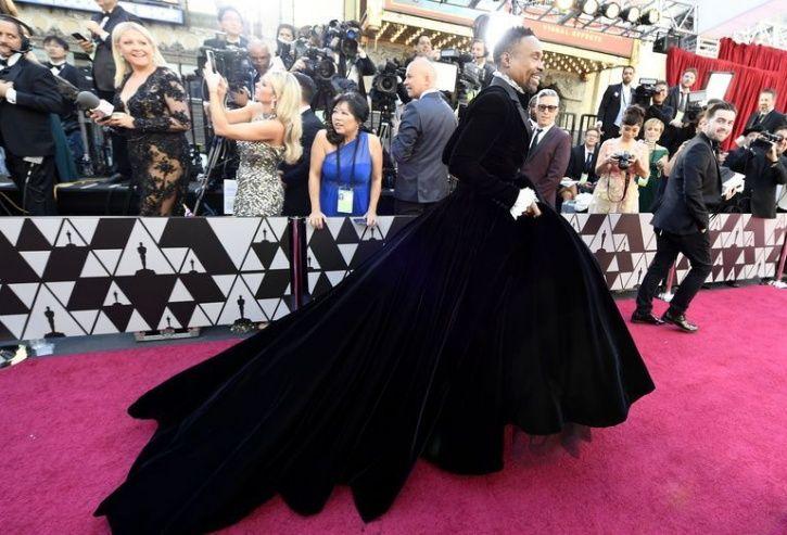 Billy Porter Rocks The Oscars 2019 Red Carpet In A Velvet Tuxedo Gown, Steals The Limelight Again