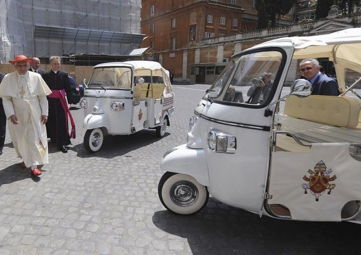 Electric three wheelers India, Electric Autos India, Electric Auto-Rickshaws India, Electric Vehicle