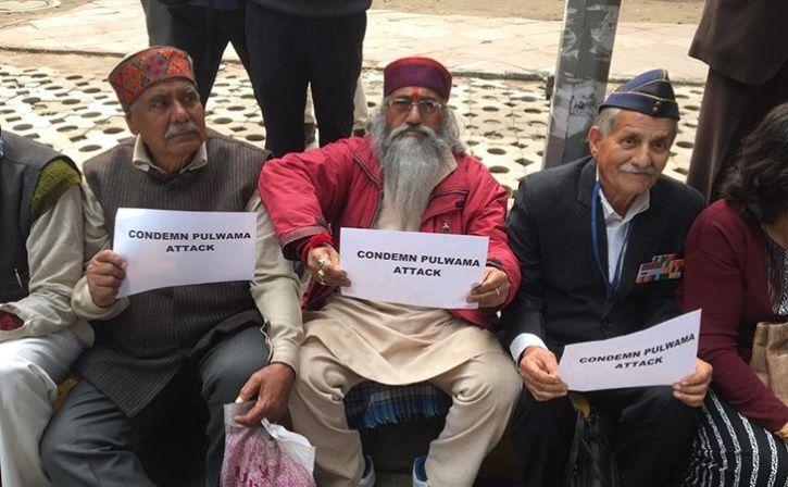 ex armymen protest at jantar mantar