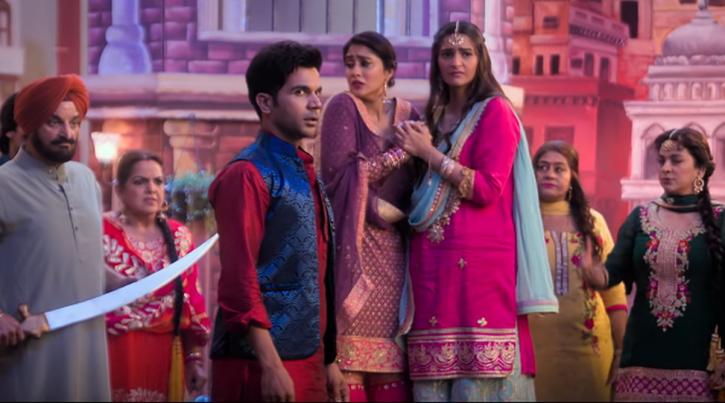 From Akshay Kumar To Farah Khan, B-Town Lauds 'Relevant' Film 'Ek Ladki Ko Dekha Toh Aisa Laga'