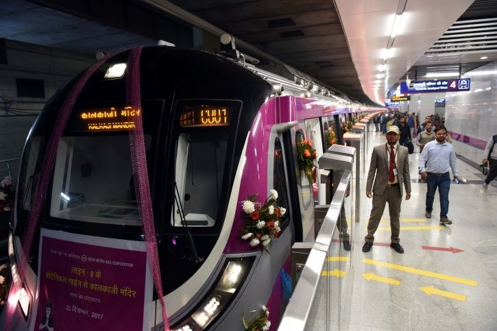 https://www.indiatimes.com/news/india/engineering-marvel-10-facts-about-delhi-metro-that-make-it-the