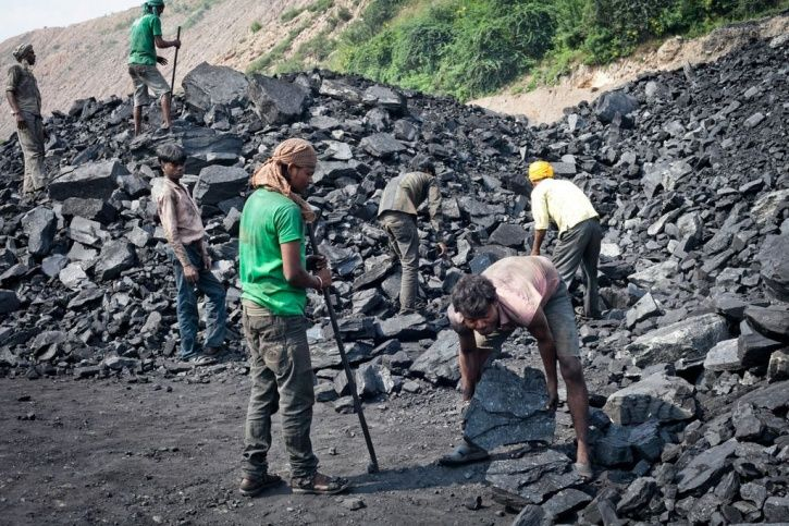 India's Outdated Coal Power Plants Risk Numerous Lives & Contribute To Global Warming