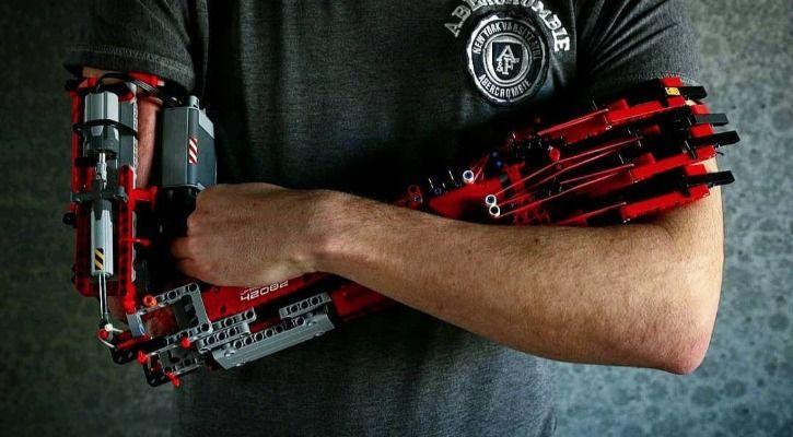 Lego prosthetic arm