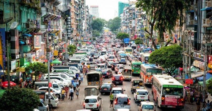 Myanmar, Yangon, ban on motorbikes, military general, traffic congestion, policemen
