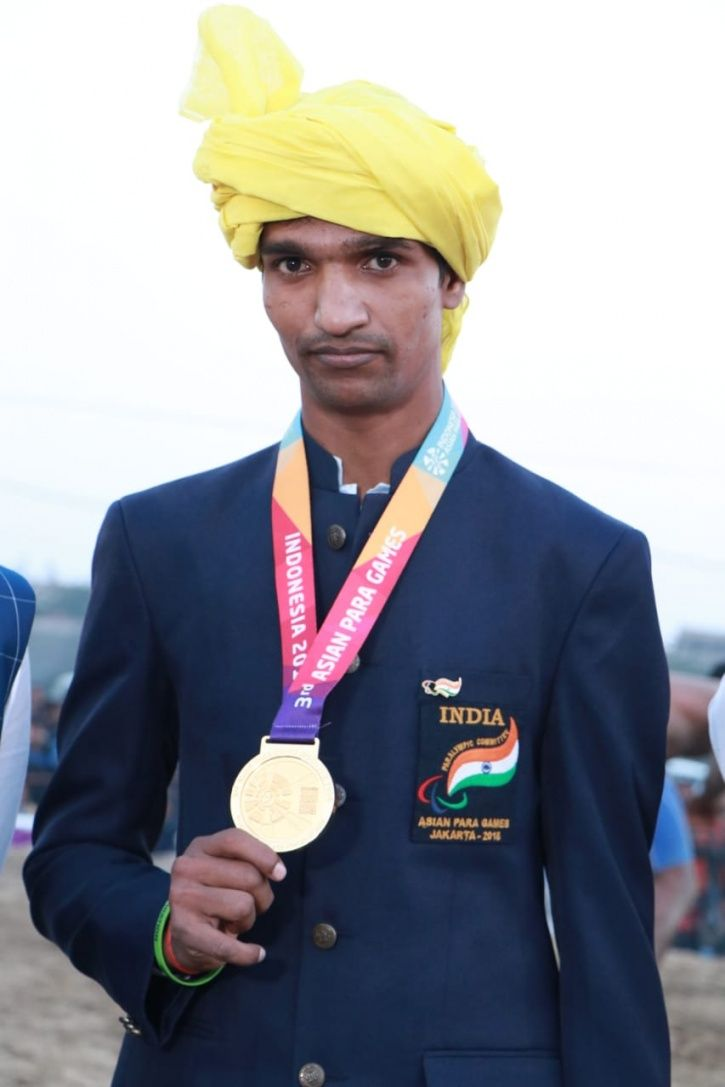 Narayan Thakur, Para Athlete, 2018 Asian Para Games, Amit Khanna, sprinting, gold medal, disabled, h