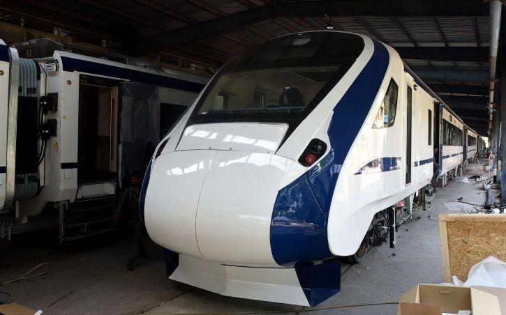 Train 18 Menu