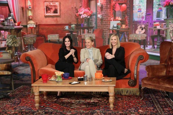 Courteney Cox-Lisa Kudrow AKA Monica-Phoebe Had A Surprise Friends Reunion On Ellen's Show