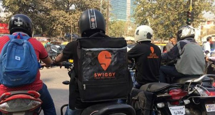 Delivery boy, Zomato, Swiggy