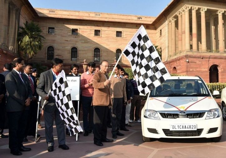 Electric Cars India, Electric Vehicles, Finance Ministry, Indian Government EV Use, Mahindra E-Verit