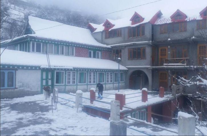 Himachal Pradesh, cold wave, snowfall, Kullu and Manali, Kufri, rainfall
