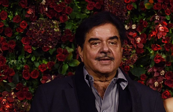 In Reference To Kader Khan's Demise, Shatrughan Sinha Says Don't Make Artistes Feel Neglected