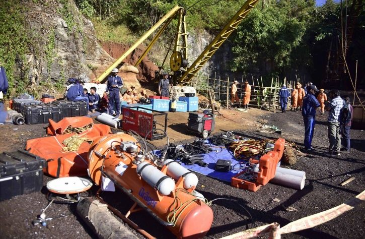 Indian Navy, retrieval operation, Meghalaya, rat hole mining, decomposed body,Conrad K Sangma