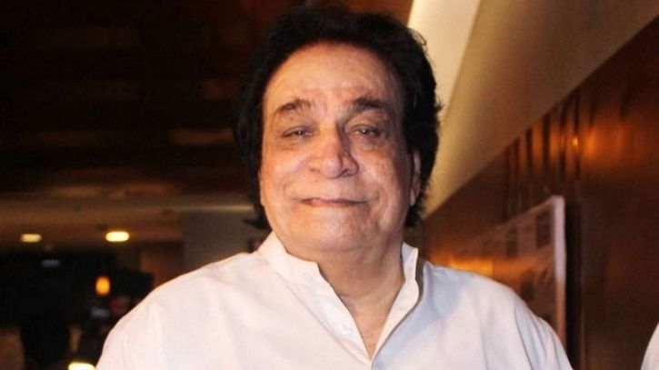 Kader Khan honoured with a Padma Shri Award for his contribution to the world of films.