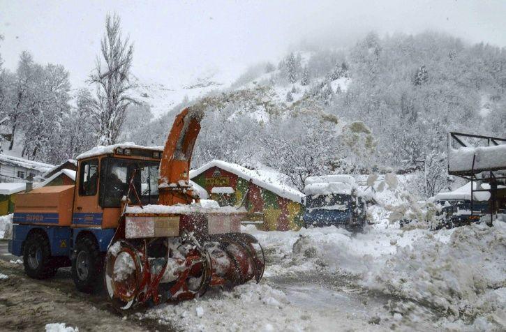 Kashmir Avalanche