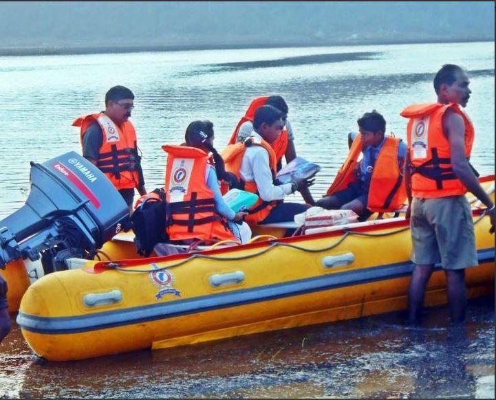 motorboat, Raipur, Rahata Village, life jackets, gift, Chhattisgarh, Balod