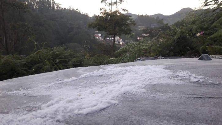 Munnar Snow-2