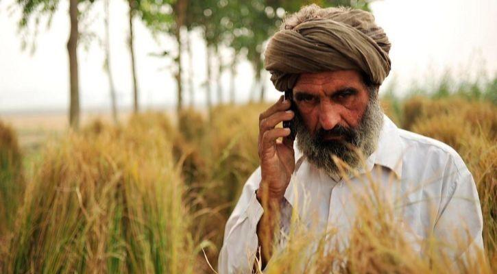 smartphone users India