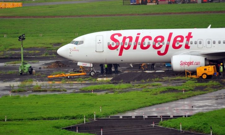 Spicejet, New Year celebrations, DGCA, suspension, pilot, cabin crew, Amritsar, Goa